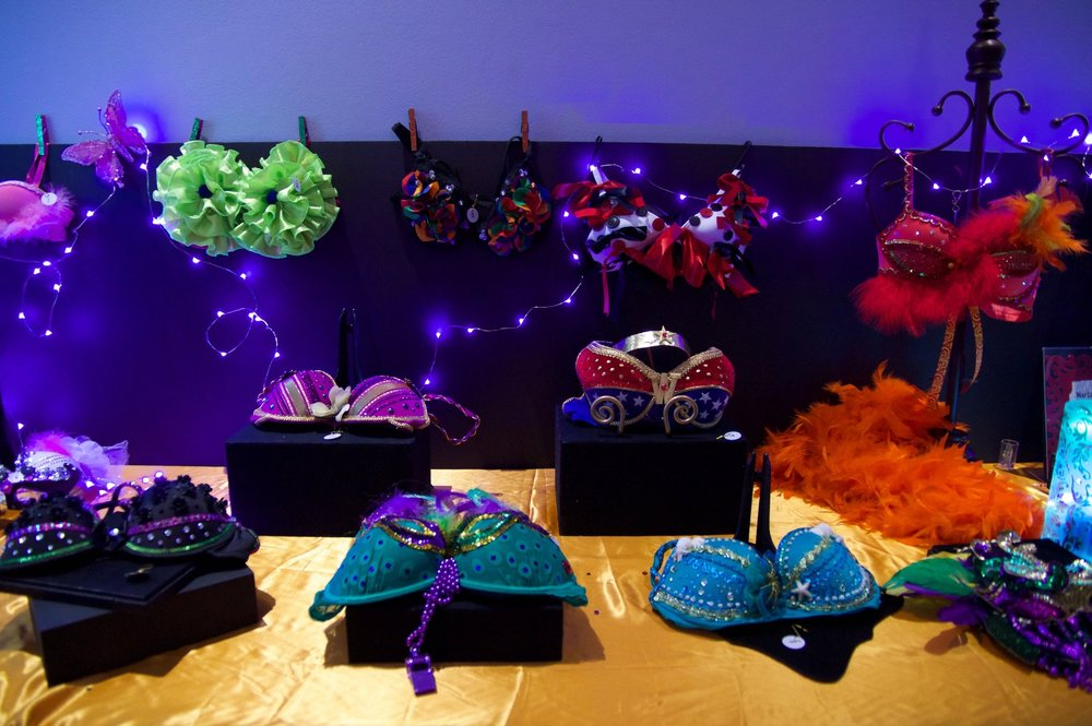 Mardi Bras Contest - At the event, Vinok will be also be hosting a MARDI BRAS CONTEST. Vinok will make a donation of $10 per bra is forwarded to the Canadian Cancer Society. Bring a decorated bra to enter.Top voted bras win a prize!