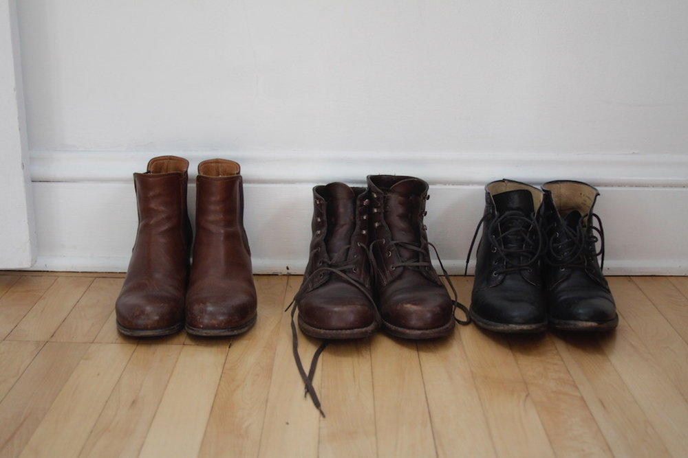 Leather boots before a good cleaning.