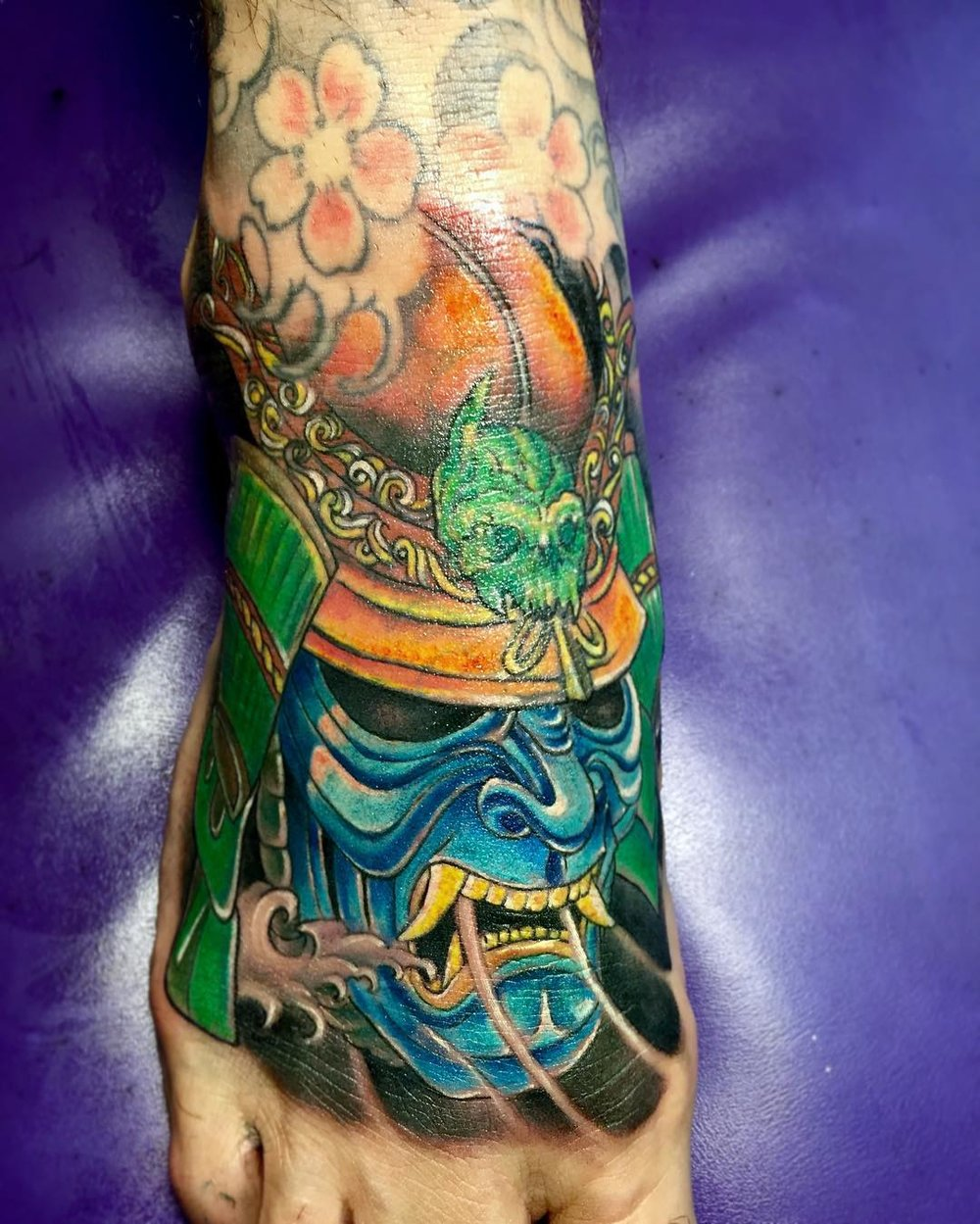 Did_a_cover_up_of_samurai_hannya_mask_on_top_of_foot.jpg