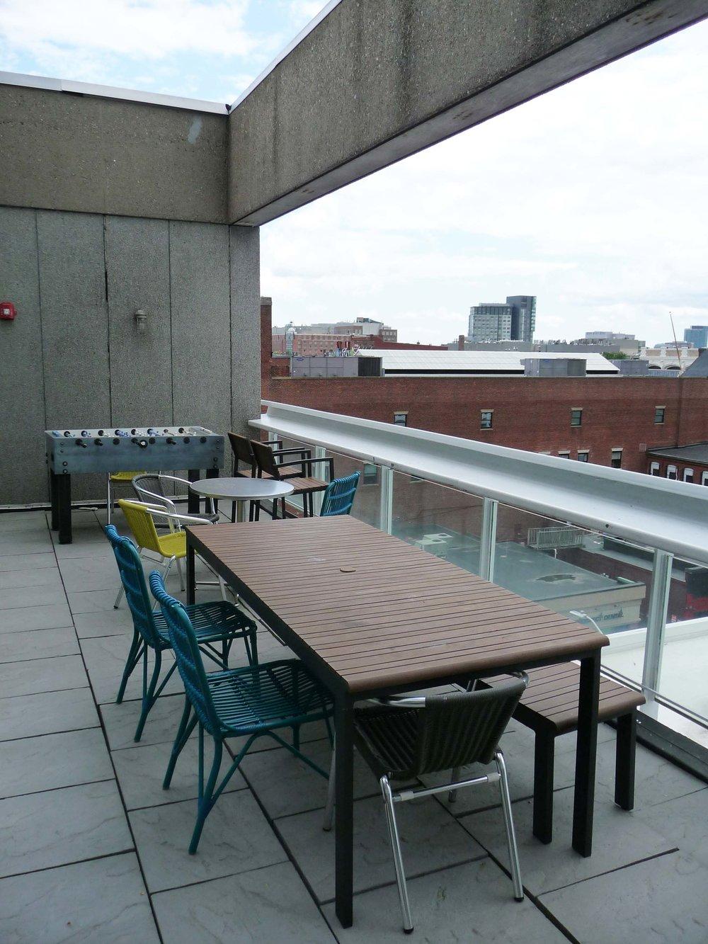 Workbar_balcony.jpg