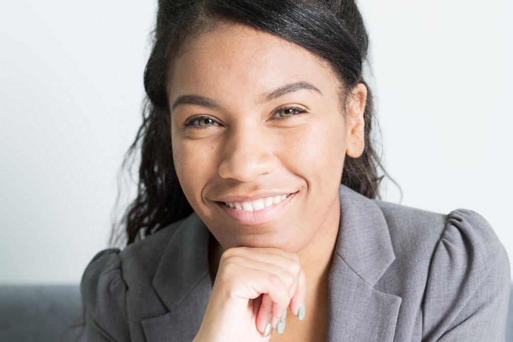 Chloe Thompson  Financial Planning Associate