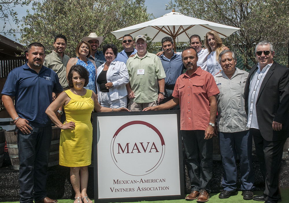 From the Delano Grape Strike to the Mexican American Vintners Association - MEXICAN AMERICAN PROFESSIONAL ARCHIVES October 26, 2015