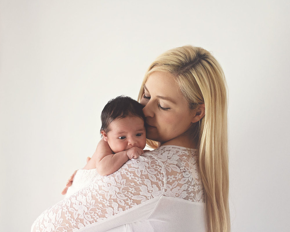 newborn photography of mom and her baby girl in kearny new jersey