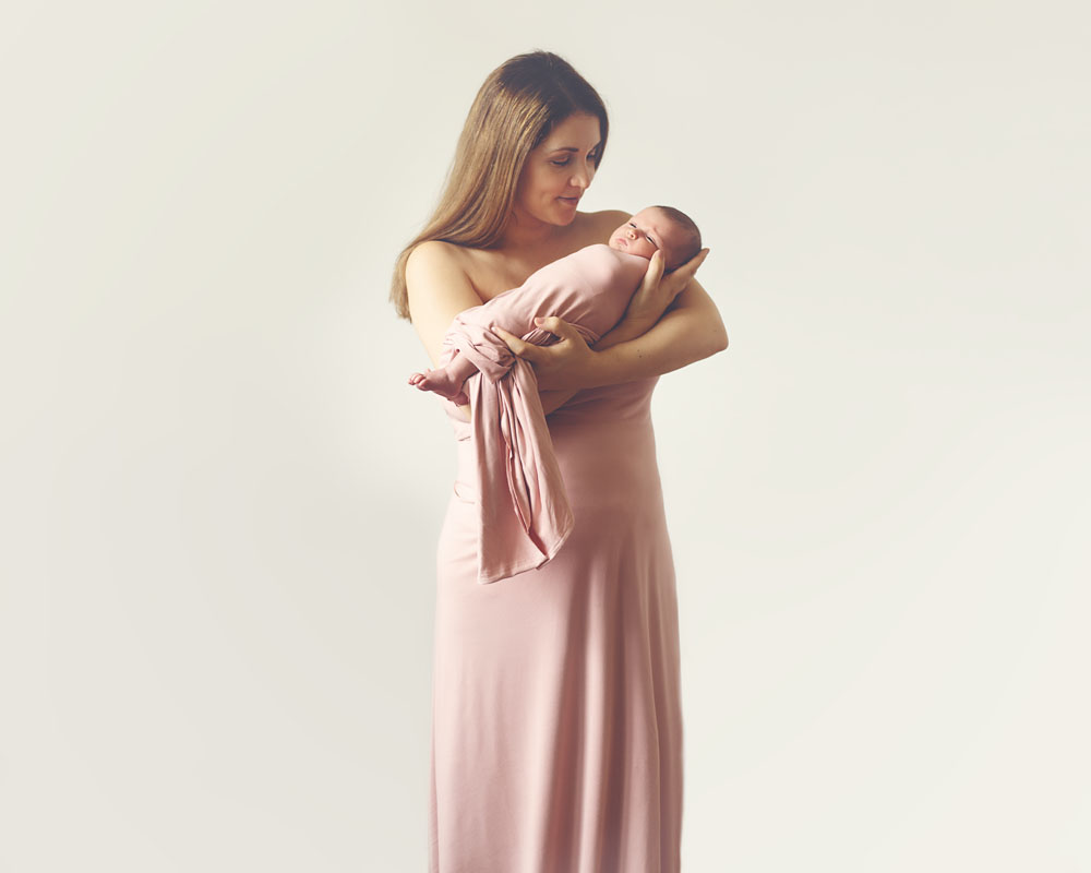 newborn photography of mama and baby