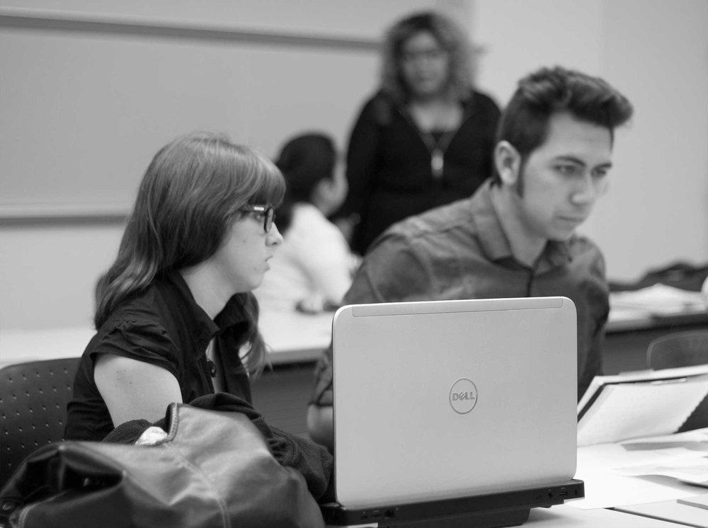 Students Skype with the Radicondoli mayor.