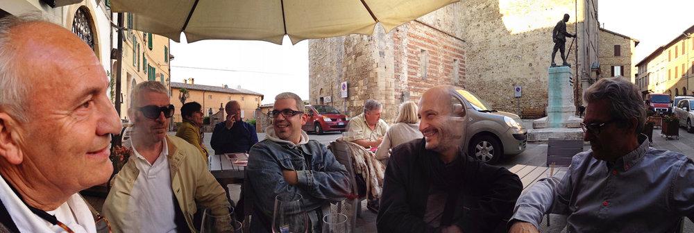 ron-miriello-grafico-Radicondoli-casa-illuminata-siena--Miriello-tuscany-italy-officina-la-pergola-05.jpg
