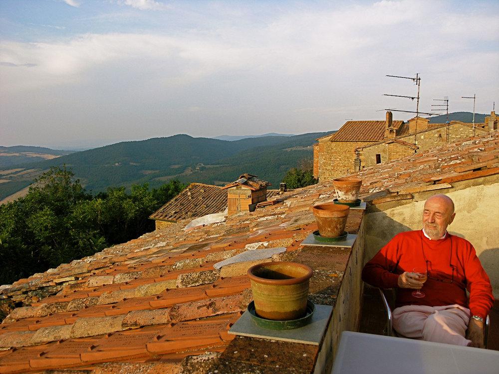ron-miriello-grafico-Radicondoli-casa-illuminata-siena--Miriello-tuscany-italy-officina-la-pergola-13.jpg