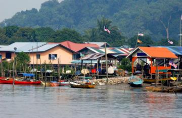 borneo_sabah_malaysia_fishing_village.jpg