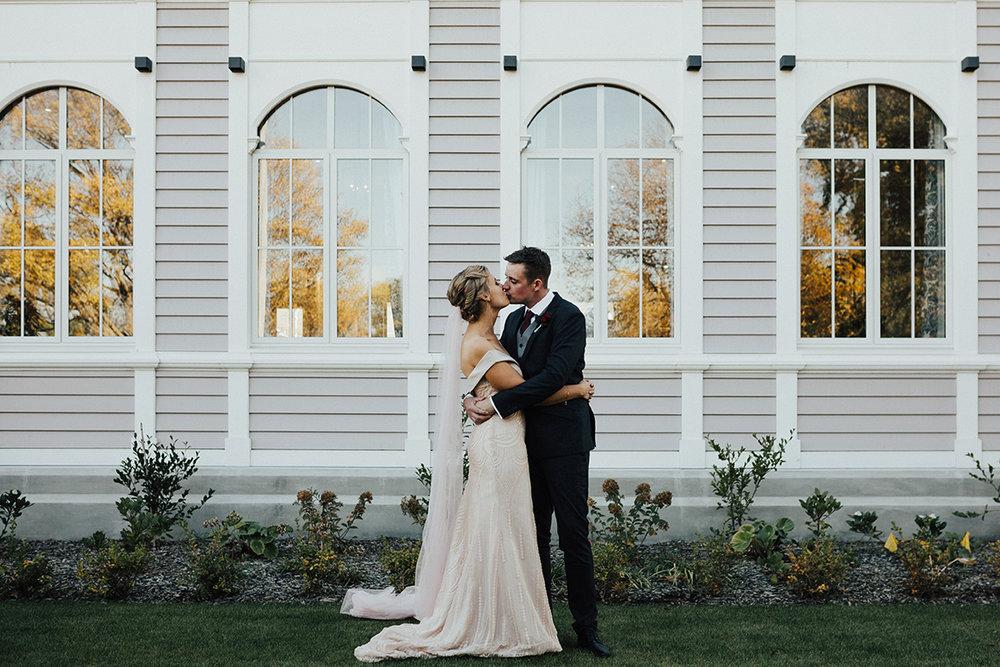 Elizabeth_may_bridal_Ché&BrianSneakPeek-5.jpg