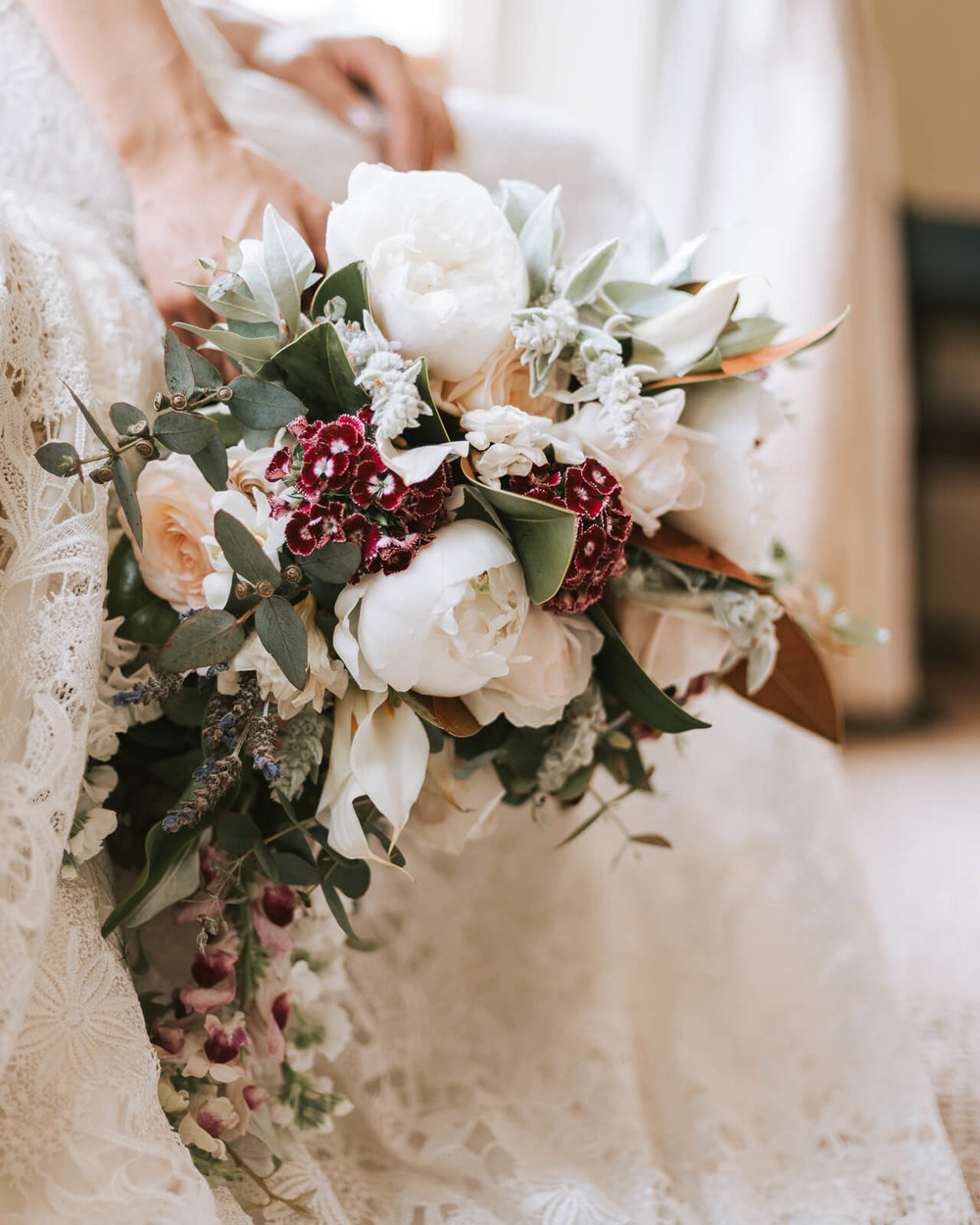 elizabeth may bridal DSC_1319_EmmaSkye.jpg