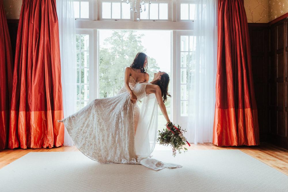 elizabeth may bridal DSC_1752_EmmaSkye.jpg