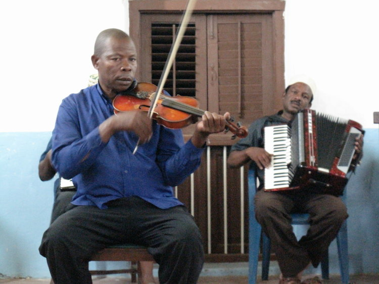 Ramadan Rush for Taarab - Chasing the moon in Zanzibar to find the Swahili island's most famous music