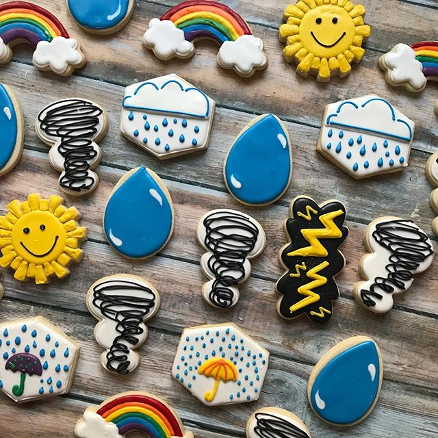 Y'all have the best kids! This set is for a little boy who loves... WEATHER! How cool is that?! ❤️ 🌪🌈💧🌧