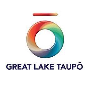 GreatLakeTaupo.jpg