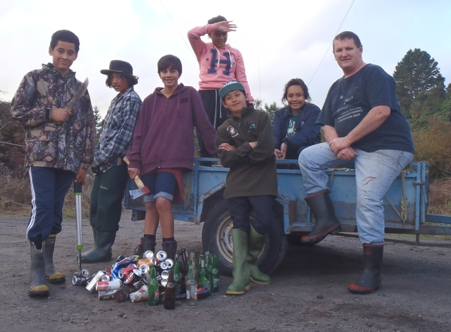 Te Awa o Waitahanui after weeding and collecting rubbish from alongside the river.