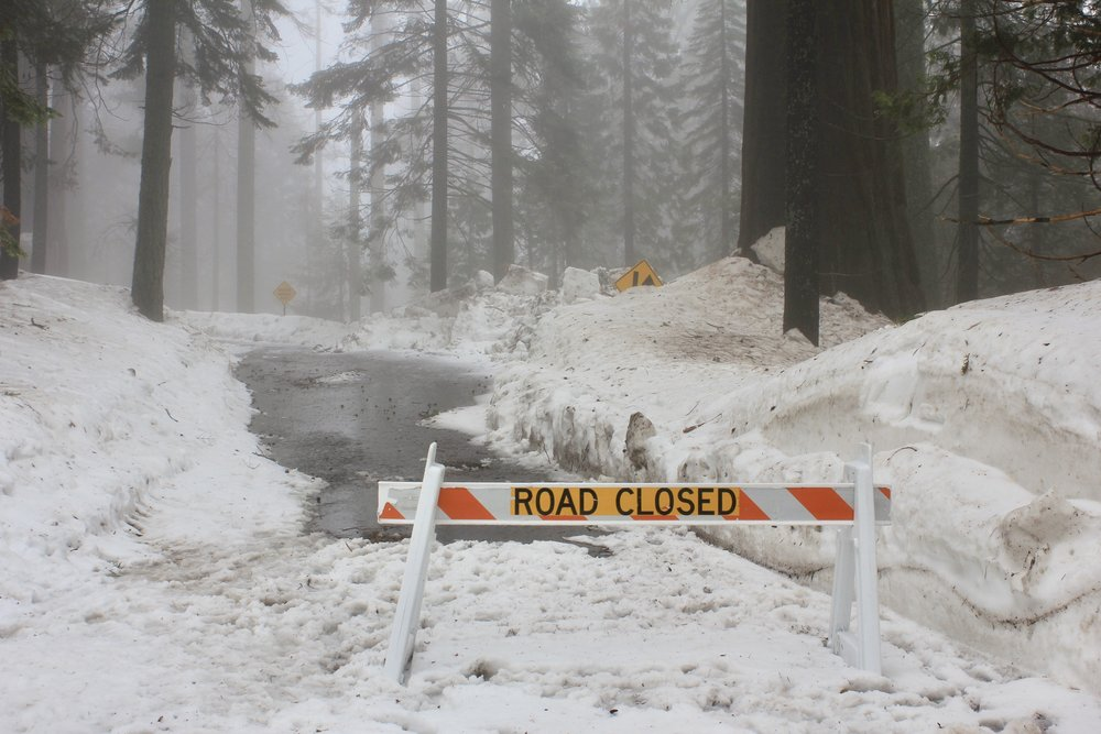giant forest museum road closed.jpg