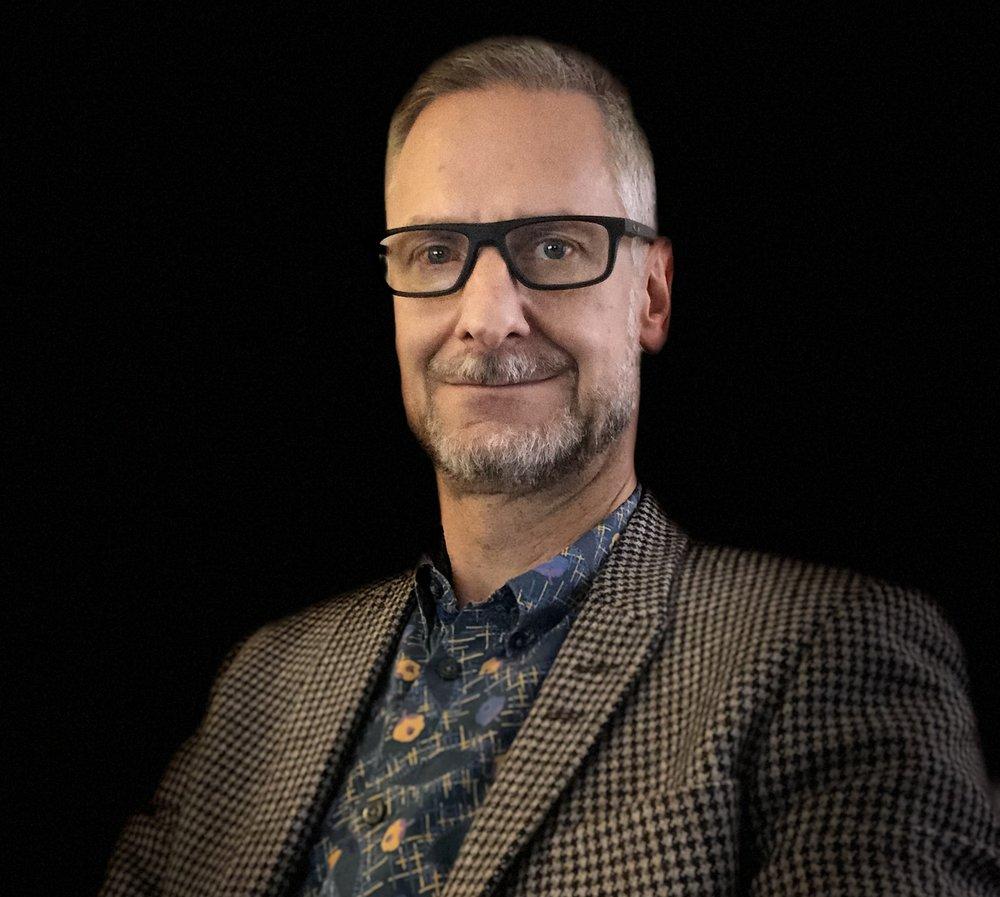 Peter Åström - Peter Åström är egenföretagare och går via NOX på Handelsbanken