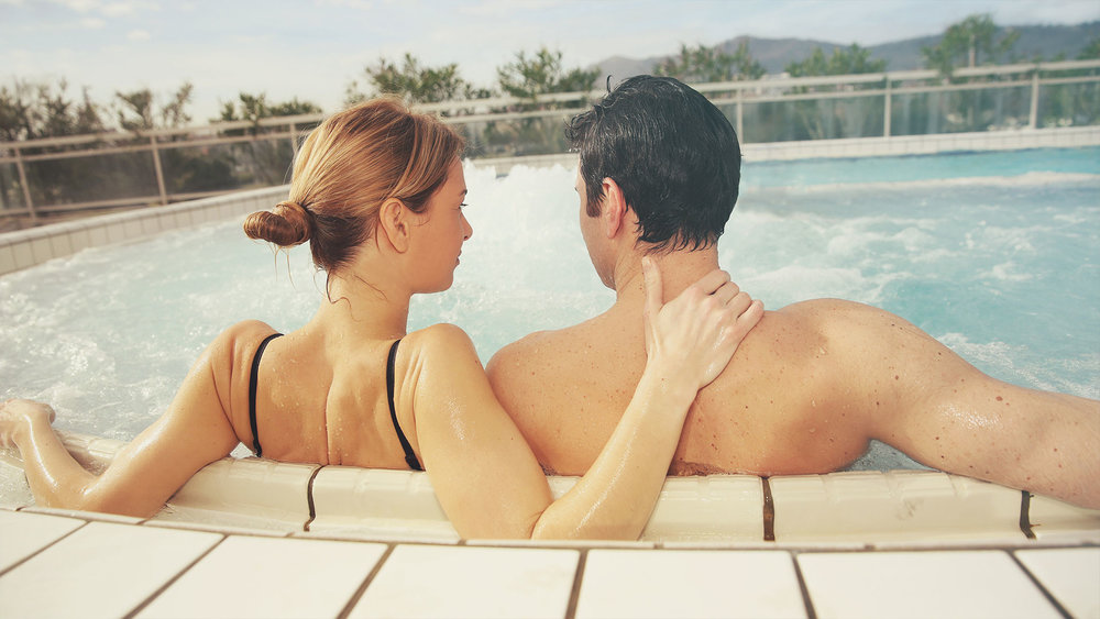couple-in-spa.jpg