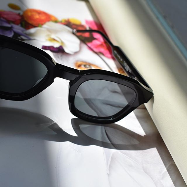 Thom Browne 412 sunglasses now available in store!  #thombrowne #fashion #menswear #amsterdam #6amstores