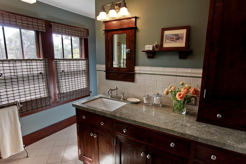 Craftsman+Master+Bathroom+-+After+(1).jpg