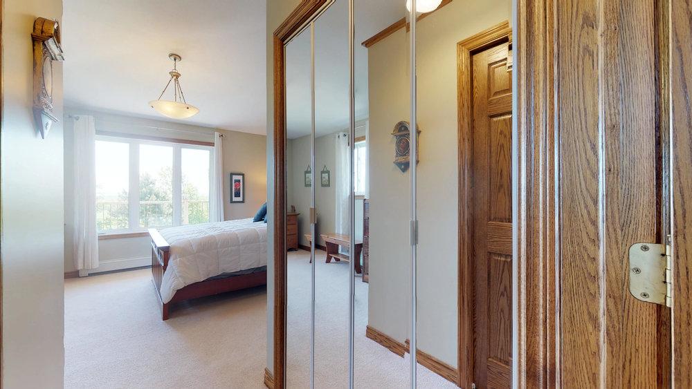 Master Bedroom(1).jpg