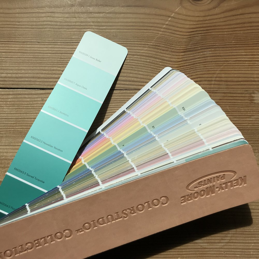 Color choice: Kelly Moore's Aqua Ocean