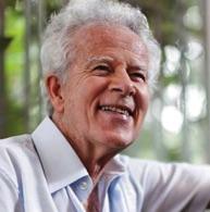 Edmundo Villani-Côrtes, Brasil, 1930 - Pianista, compositor, arranjador i educador, Villani-Cortès és un dels compositors més reconeguts de Brasil.En 1989 i 1990 va guanyar el premi Melhores atorgat per l'Associació Paulista de Crítics d'Art (APCA) pel seu cicle de cançons amb la poesia de Cecilia Meireles, considerada la millor composició vocal d'aquest any.Les seves cançons i obres de càmera es troben entre les peces brasileres més interpretades a tot el món..www.villanicortes.com.br