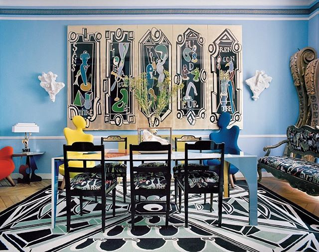 Stumbled upon the new book by @vincent_darre at @rizzolibooks yesterday and fell in love… doesn't his lovely blue dining room remind you of Jean Cocteau's iconic Santo Sospir? . . . #vincentdarre #surrealinteriorsofparis #surrealistinteriors #surrealism #parisstyle #worldofinteriors #roomoftheday #jeancocteau #santosospir #villatatouée