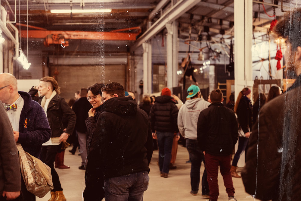 Become a 400 Market Vendor   These open hours are for local art & trade opportunities, becoming the first of a long series called the 400 Market. These markets operate with all kinds of vendors, large and small. Get in touch if interested in applying for a seat as a seller!