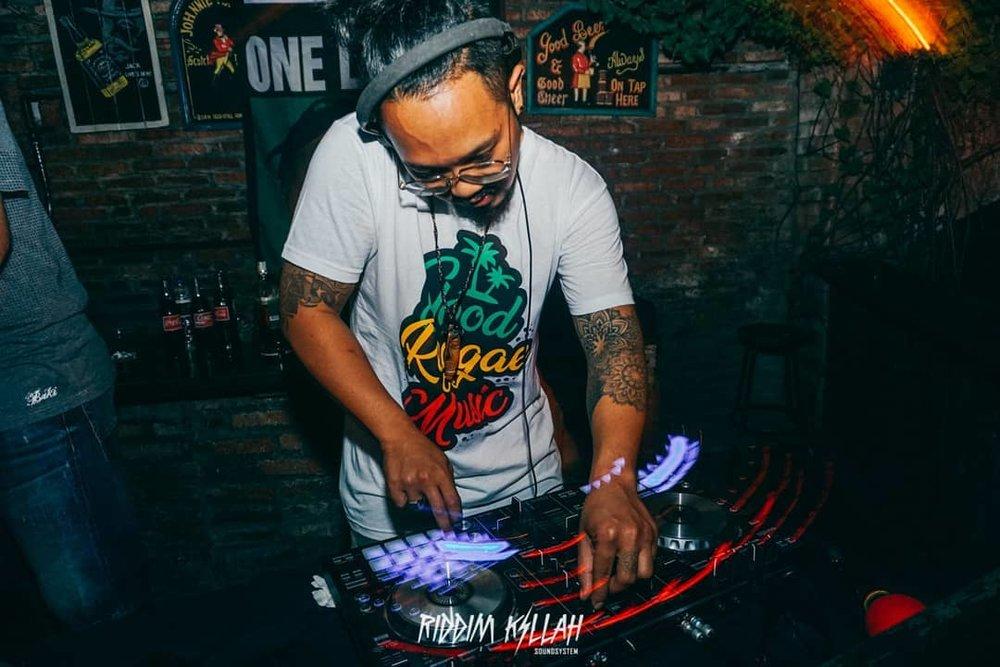 chief rakkariddim killah soundsystem - Punang Adipradana or Chief Rakka, as he's usually called, is one-half of Riddim Killah Soundsystem, a reggae and dancehall collective. Both he and Riddim Killah Soundsystem's co-founder Soundbwoy Dodix are currently based in Bali. Together, the duo call themselves