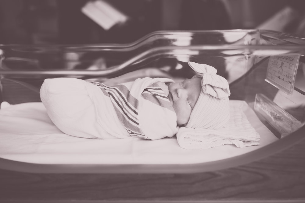 Newborn hospital fresh 48 Session Cara Peterson Photography Rockford IL-2-2.jpg