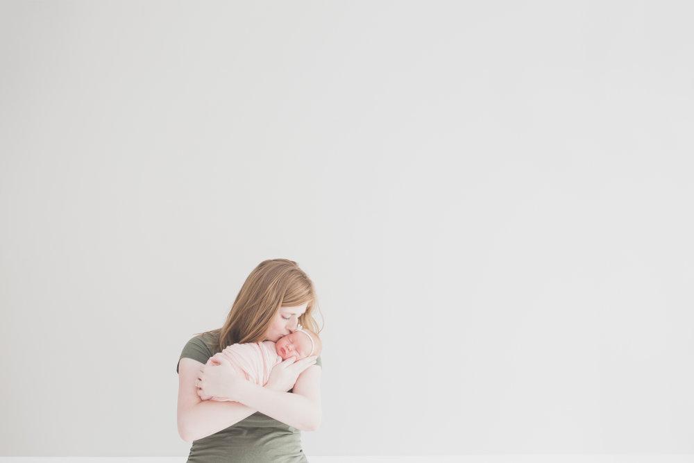 Oaklinn Newborn Studio Session Cara Peterson Photography Rockford IL -10.jpg