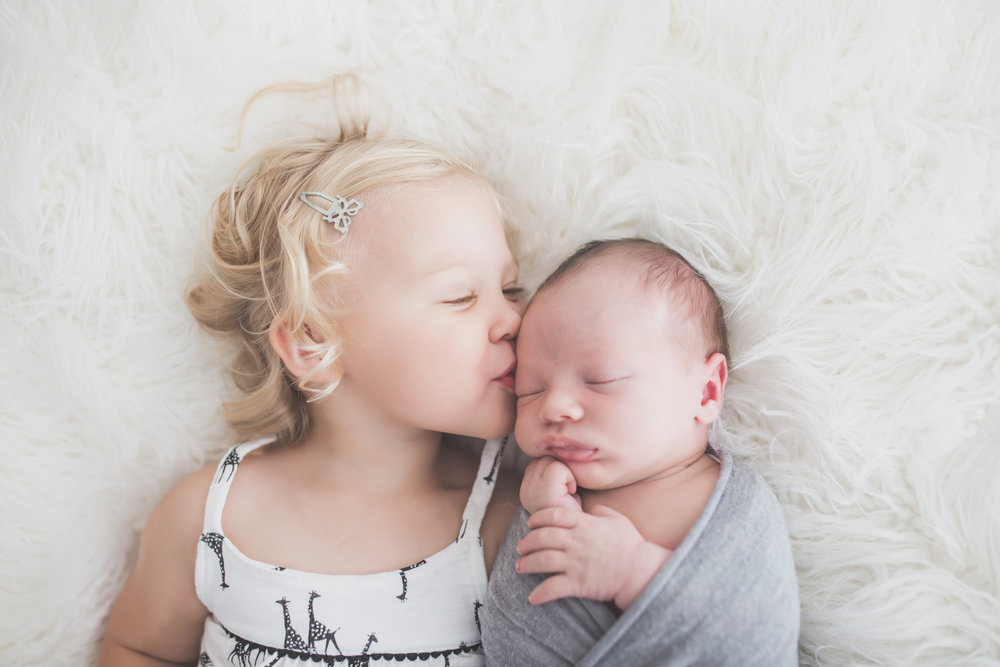 Sibling photos Newborn session photographer lifestyle studio - Cara Peterson Photography Rockford IL-4-2.jpg