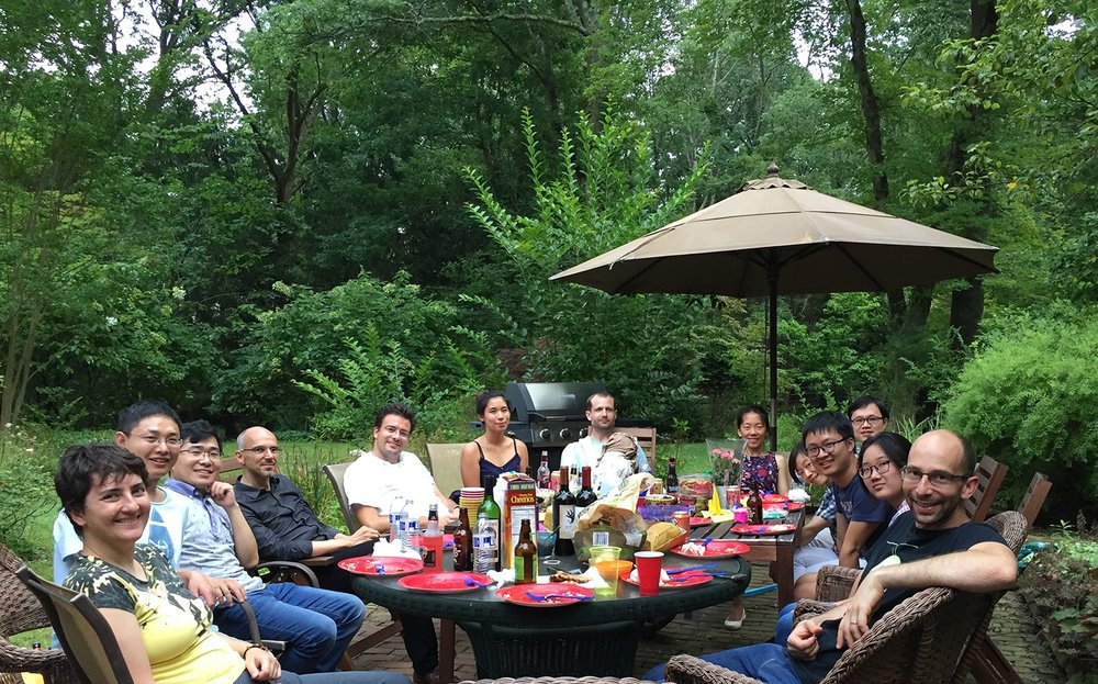 170812_Lab_barbecue.jpg