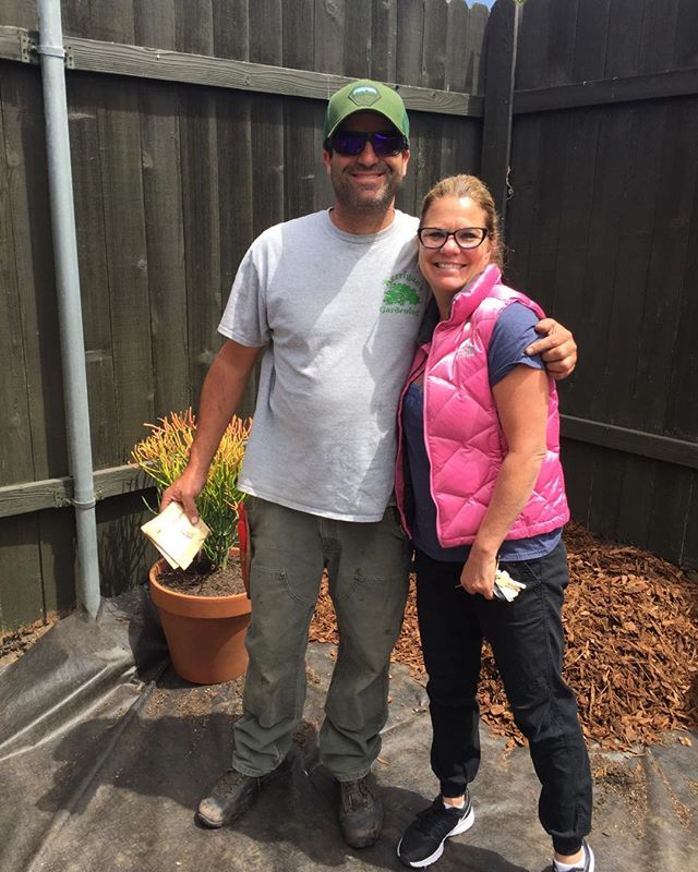 It's always a great day when you run into Mike Kerrigan!! Making our world look beautiful with the organic method of gardening!!! #bestsantabarbaragardener