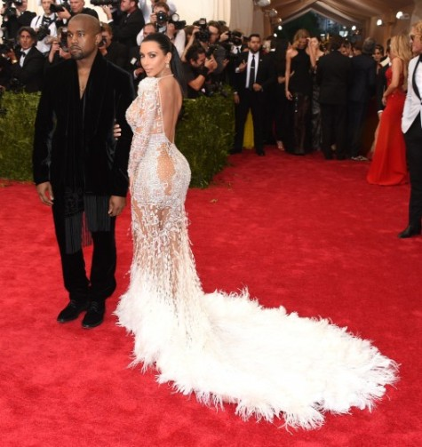 kim-kardashian-met-gala-met-ball-china-2015-472171516-510x540