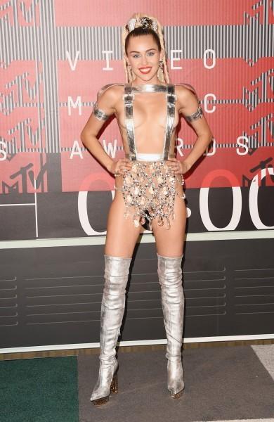 Miley 2015 VMA