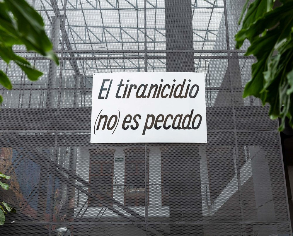 Carmen Huizar (México, 1995),  U ntitled, 2018, Laquered metal, 90 x 30 cm