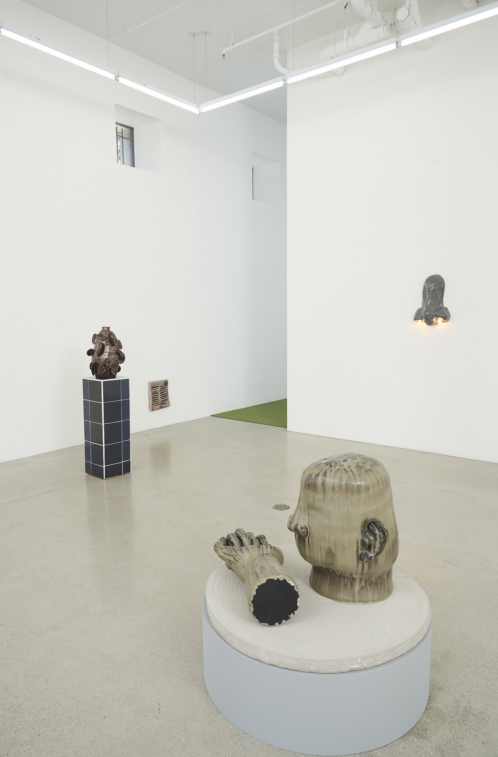 Othello_Living Room, 2018_Jessica Silverman Gallery_Installation view 09.PRS.jpg