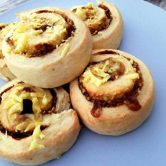 cheesey-marmite-scrolls-web.jpg