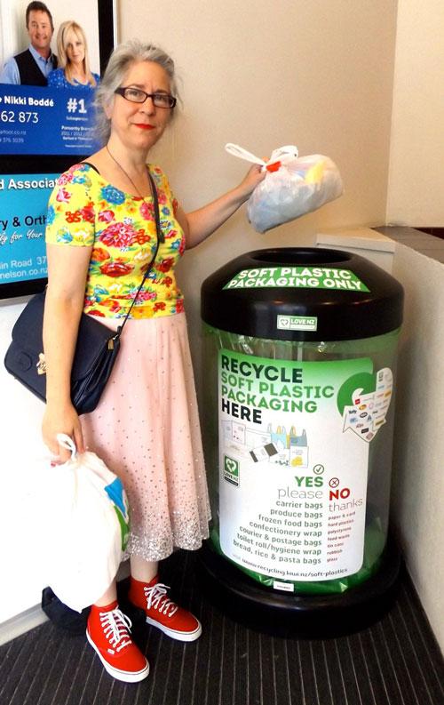 alice-recycles2-WEB.jpg