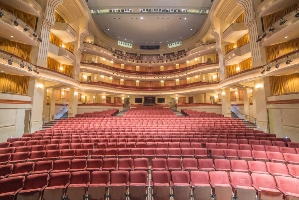 00020-CCAE-Theatres-D61_0452-1000x668.jpg