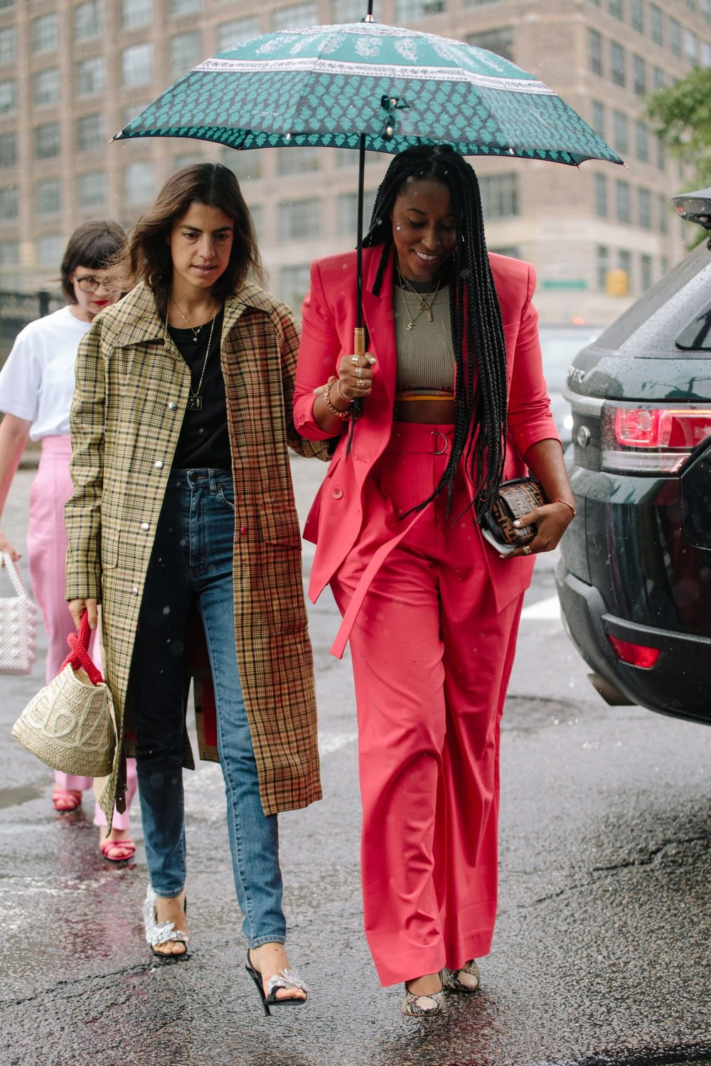 new-york-fashion-week-street-style-spring-2019-day-4-12.jpg