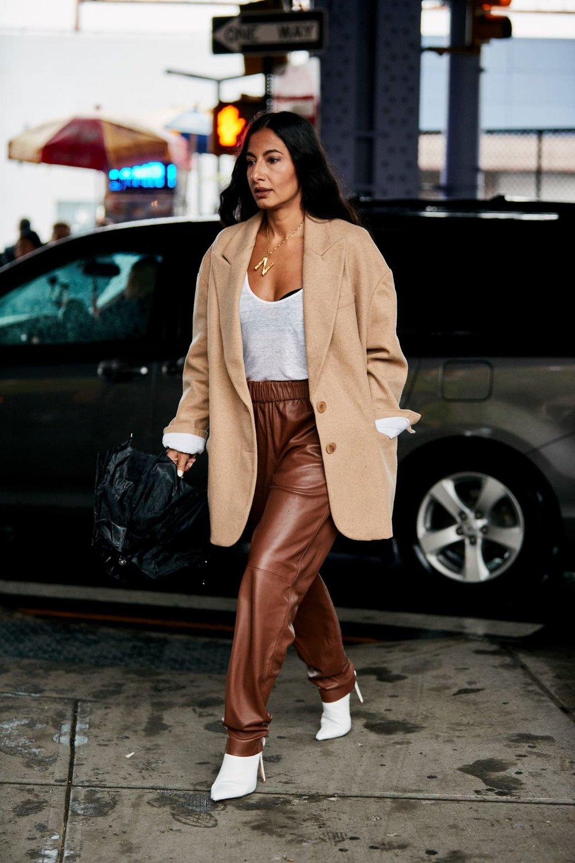 new-york-fashion-week-street-style-spring-2019-day-4-50.jpg