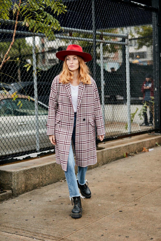 new-york-fashion-week-street-style-spring-2019-day-4-47.jpg