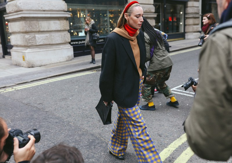 08-london-streetstyle-f19-phil-oh.jpg