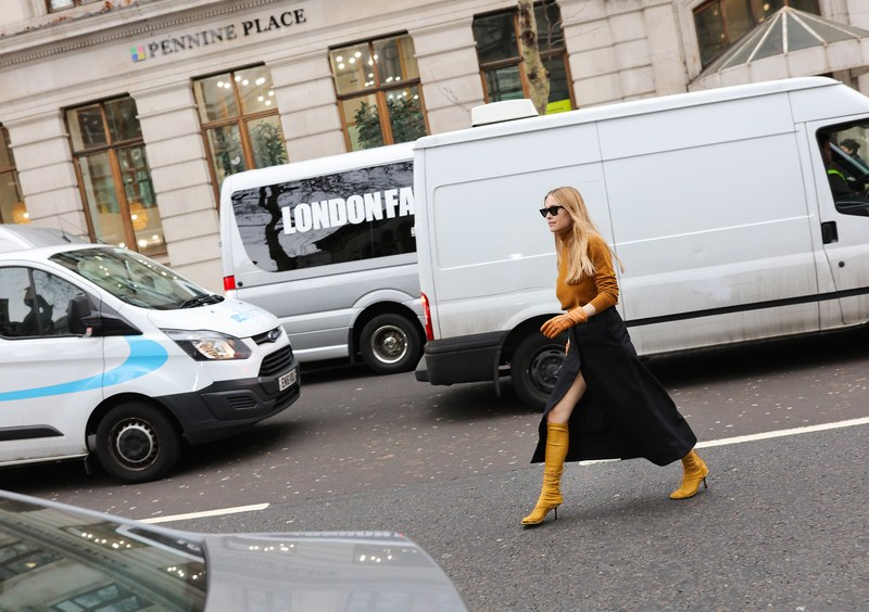 20-london-fall-19-street-style-phil-oh.jpg