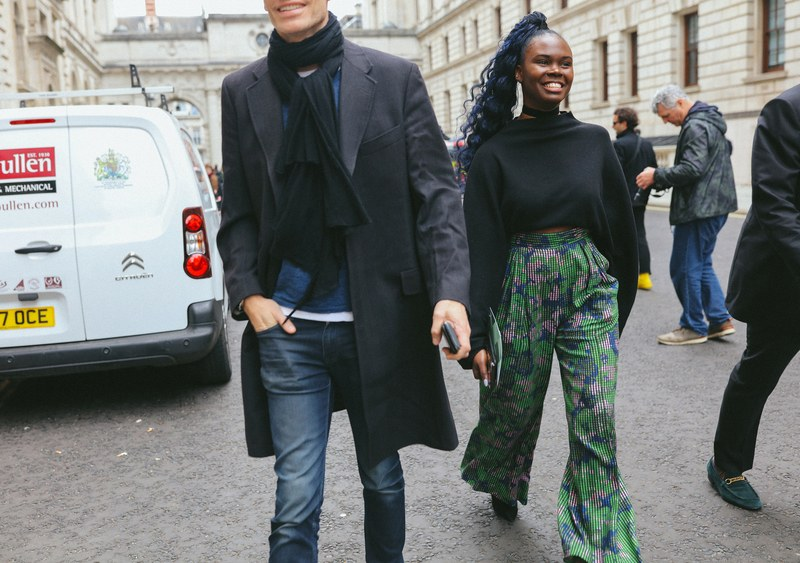 26-london-streetstyle-f19-phil-oh.jpg