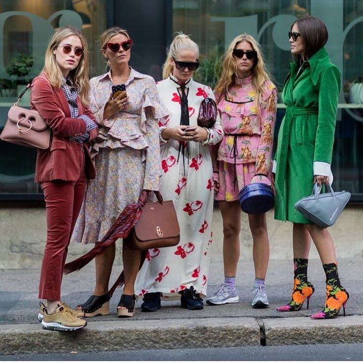 "Fashion on Instagram_ ""@thestyleograph #streetstyle #fashionbloggers #instafashion #fashionweek #stylish #fashionicons #streetstylegallery #fashionlover…"" • Instagram.jpg"
