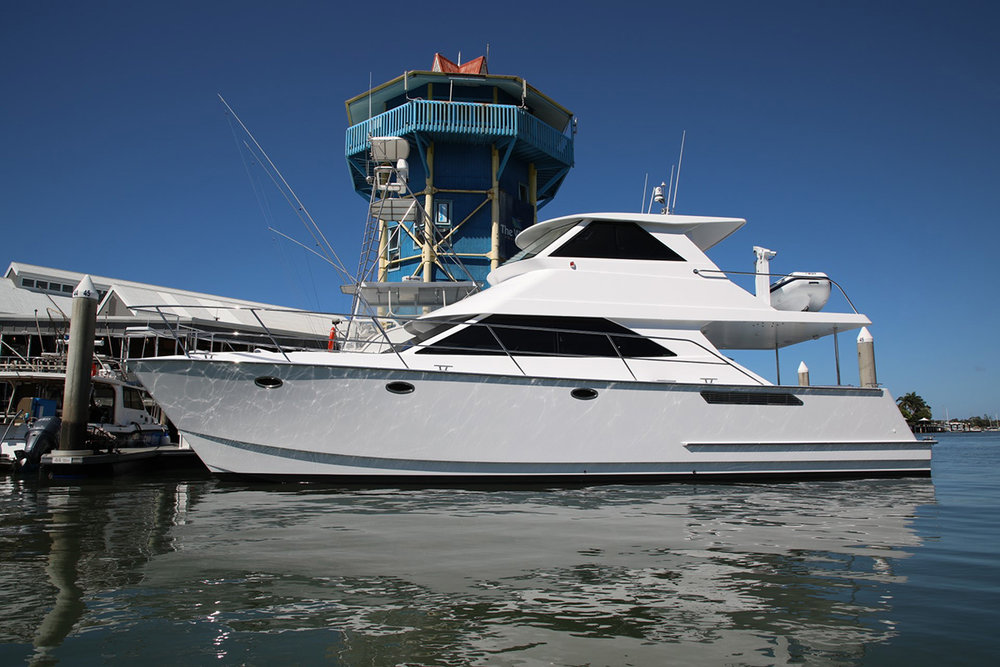 14m Composite planing hull power cat